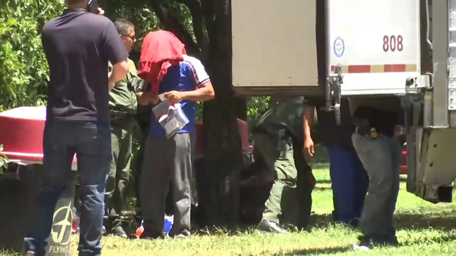 17 people locked inside rig at Texas gas station