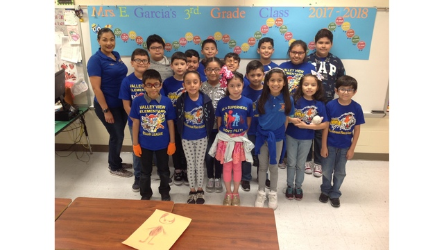Valley View Students Celebrate Goal With Ice Cream Party